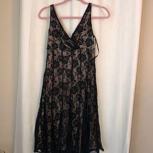 V NECK BLACK ROSE DRESS